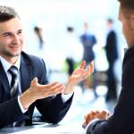 9 modi per farti apprezzare dal boss e dai colleghi di lavoro